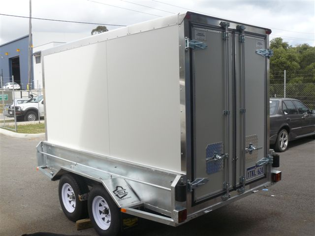 insulated_and_refrigerated_trailer